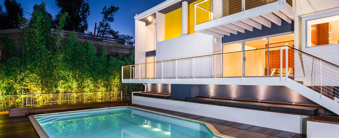 11-Brentwood-CA-Kearsarge-Residence-Northeast-View-2000x1331-1100x450.jpg