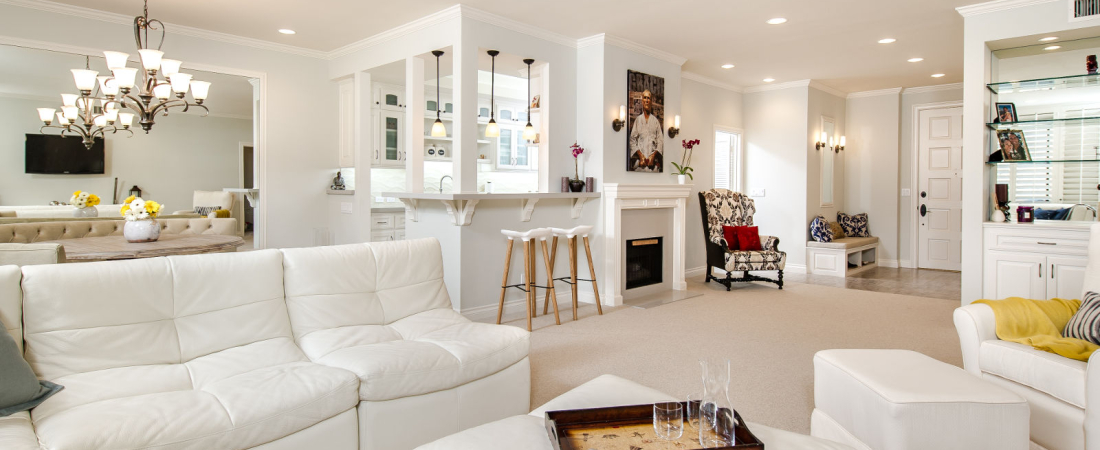 2-Los-Angeles-CA-Roxbury-Residence-NW-Living-Rm-View-1600x1065-1100x450.jpg