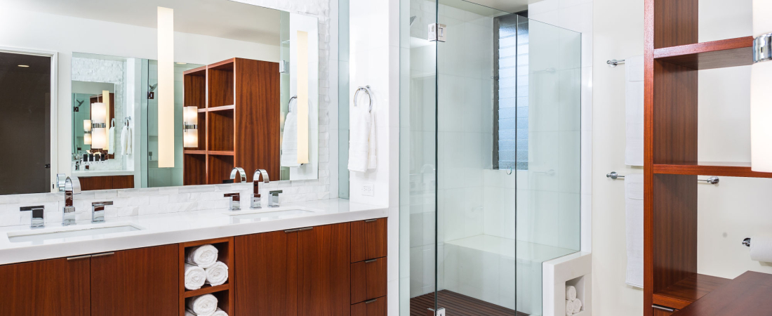 8-Brentwood-CA-Kearsarge-Residence-Master-Bathroom-2000x1330-1100x450.jpg