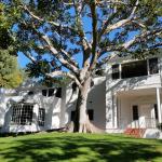 Beverly Hills CA - Hillcrest Residence