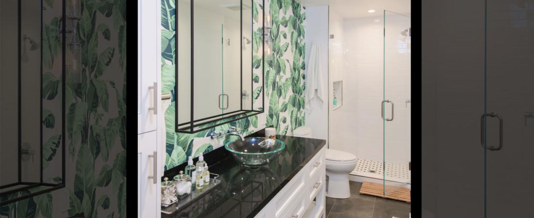 guest-bath-bold-wallpaper-foliage-26-1100x450.jpg