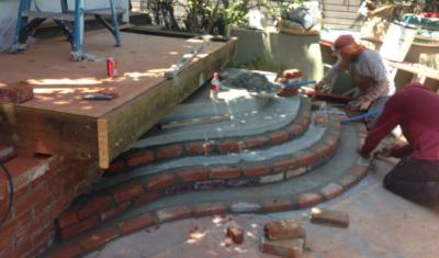 curved_brick_stairs_2-400x235.jpg