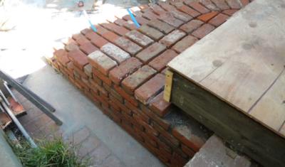 curved_brick_stairs_3-400x235.jpg