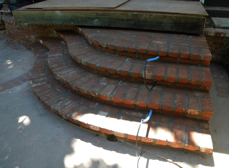 curved_brick_stairs_4.jpg