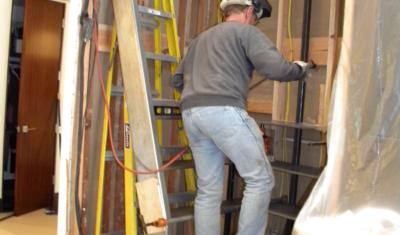 master-craftsman-metal-worker-steel-staircase-DSCN7244-400x235.jpg
